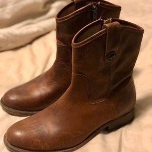 Frye Boots - Melissa Button Short (7.5)